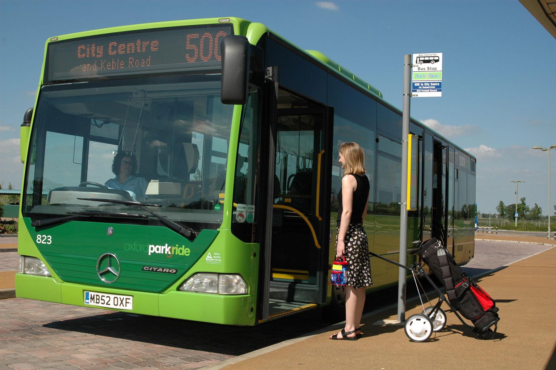 laura-bus